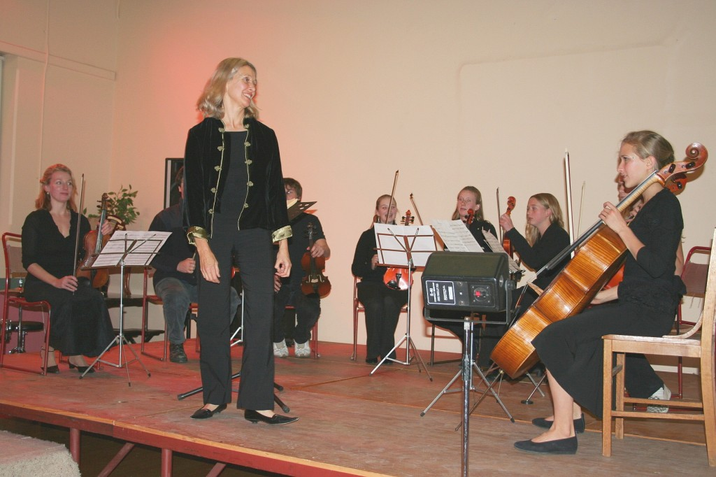 """POA"" formally ""Cooma Chamber String Ensemble"" performing for fun at the Cooma Music Competition 2006"