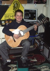 lucas-with-new-guitar-11june20092