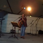 Nancy Groves performing