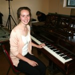 NICOLE GOGGIN WON THE SECONDARY PIANO HEAT