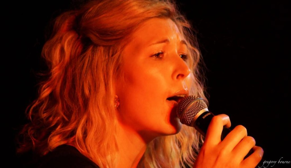 Cielle Kinross - singer, song writer & teacher